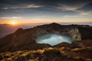 kelimutu volcano. mount, mountain