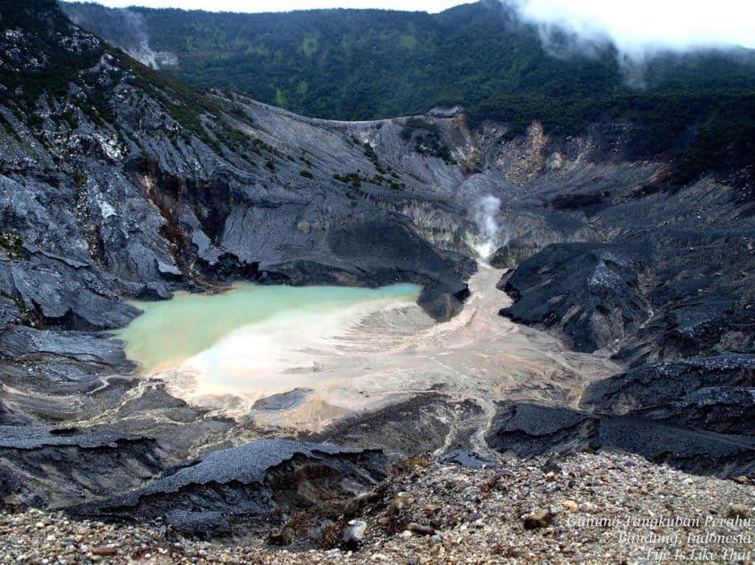 40 Most Horrible Volcanoes in Indonesia (#3 is Amazing)