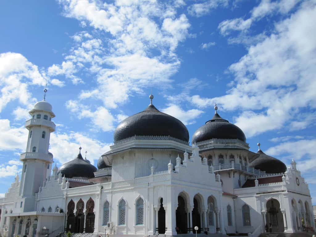 Top 11 Largest Mosque In Indonesia Fascinating Facts Of Jam Digital Masjid Type Mini