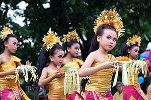 Traditional Dance, Indonesian