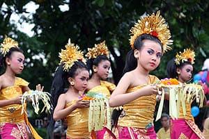 Traditional Dance, Indonesian