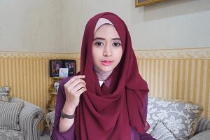 Hijab Bertopi 4
