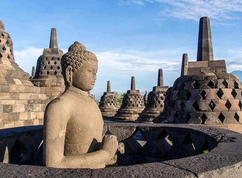 Top 15 Historical Places in Indonesia (#10 is Popular)