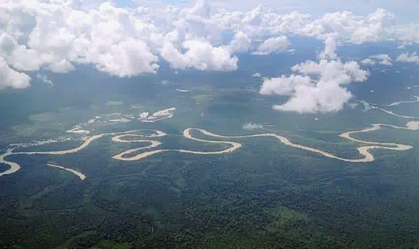 Top 10 Longest River in Indonesia (#6 is Beautiful)
