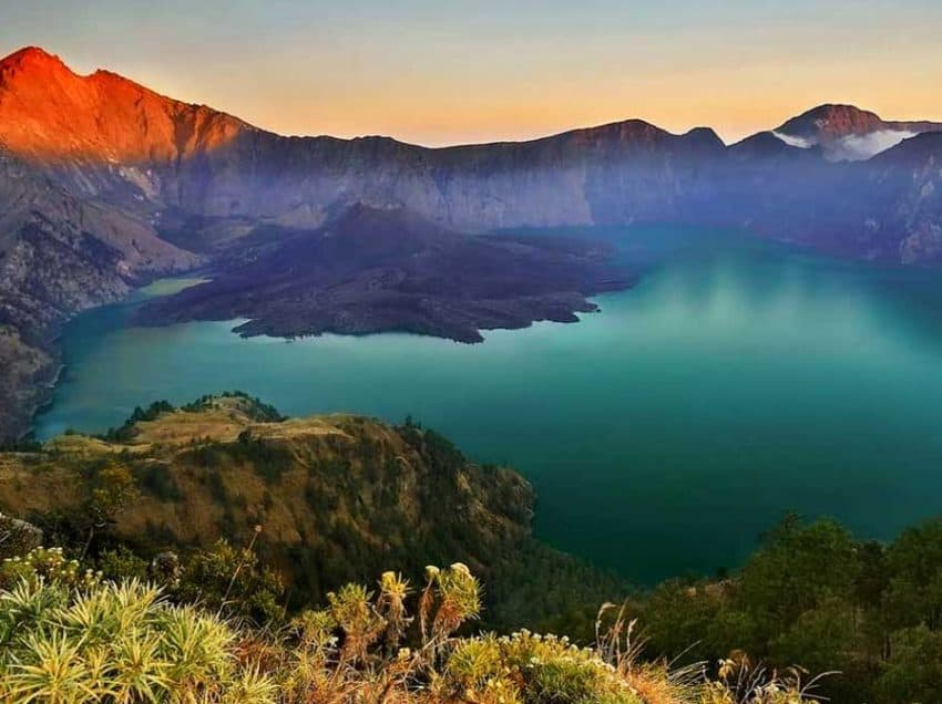 Top 15 Highest Mountain in Indonesia with Stunning Views