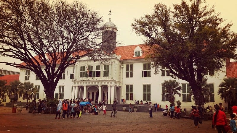 Top 17 Historical Buildings in Indonesia Must Know