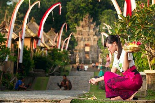Top 20 Indonesian Cultural Activities – Traditions