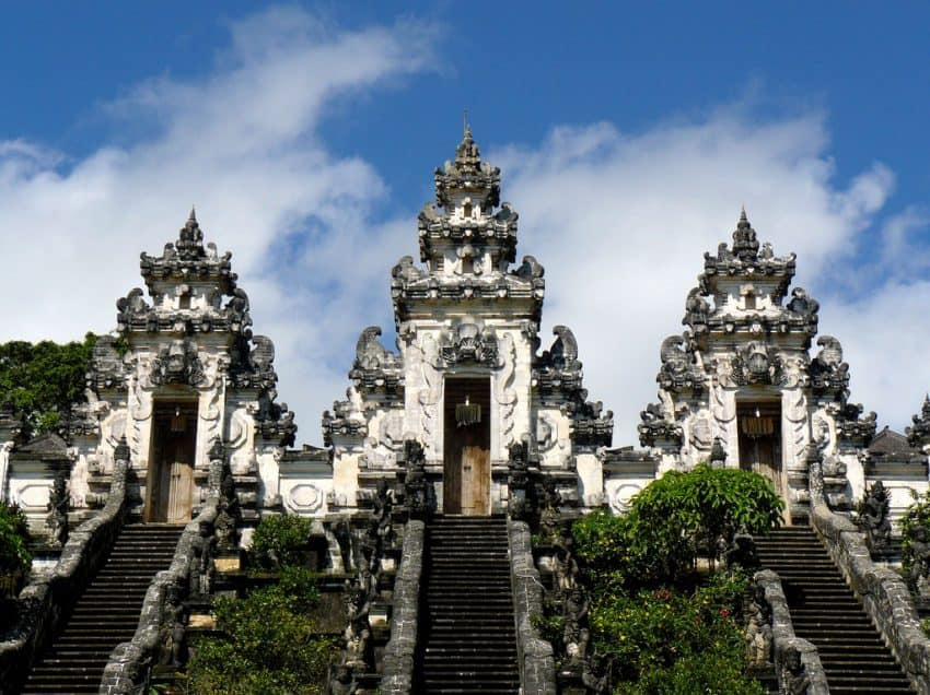 Top 15 Aesthetic Hindu Temple at Bali