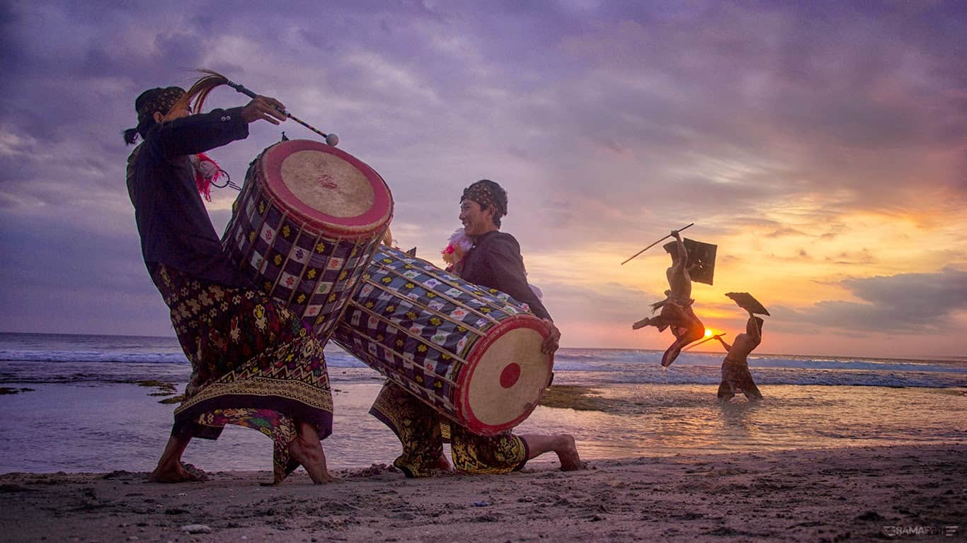 Top 20 Traditions in Lombok  Facts of Indonesia