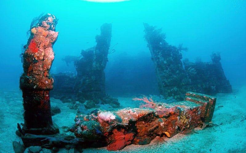 5 Underwater Temple in Bali (#2 Amaze You)