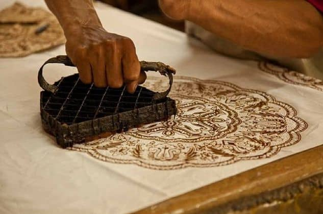 13 Importance of Indonesian Batik Making