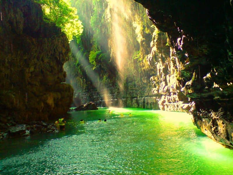 8 Largest Caves in Indonesia You Must Know