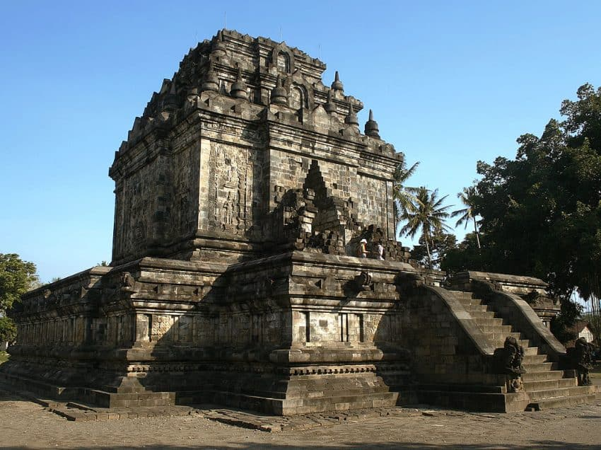 Top 10 Interesting and Famous Temples in Magelang
