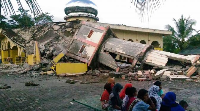 17 Shocking Historical Earthquakes in Indonesia