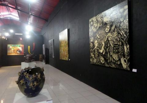 13 Best Art Galleries in Yogyakarta (#8 is Unique)