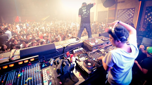 13 Best Nightlife in Central Jakarta To Enjoy