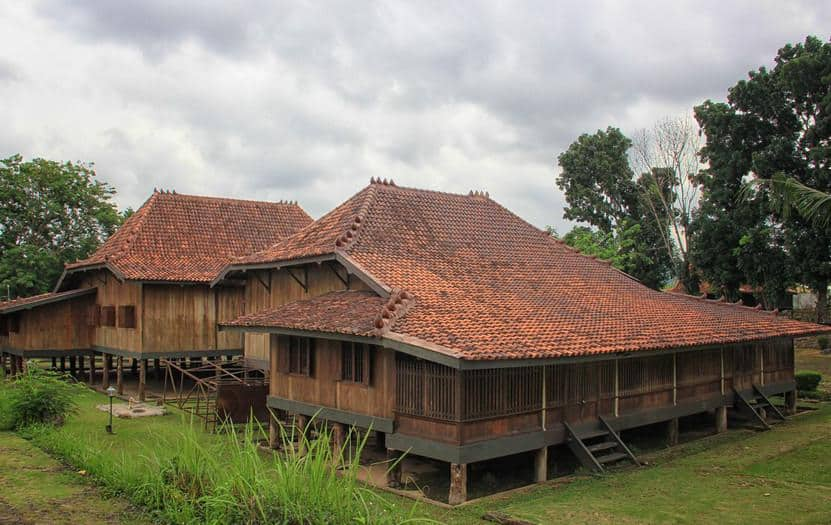 Traditional House of South Sumatra – Characteristics – Facts