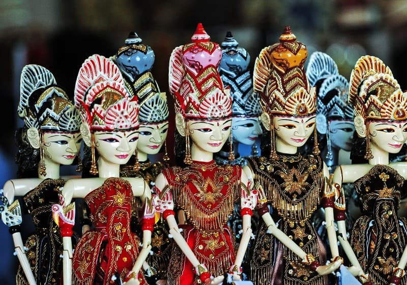 Top 25 Unusual Souvenirs of Indonesia