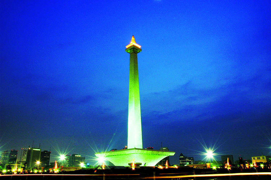 History of Monas Indonesian No.1 Landmark  Facts of Indonesia