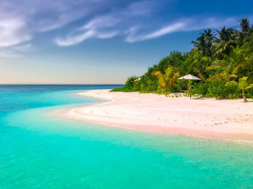 The Best Beaches in Indonesia Near Singapore