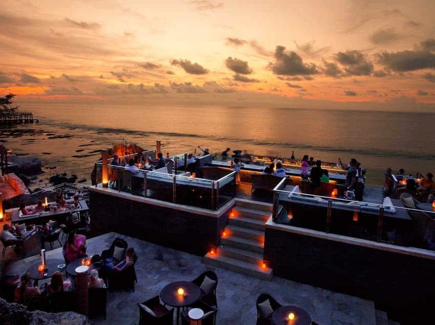 13 Best Bars in Bali You Must Visit