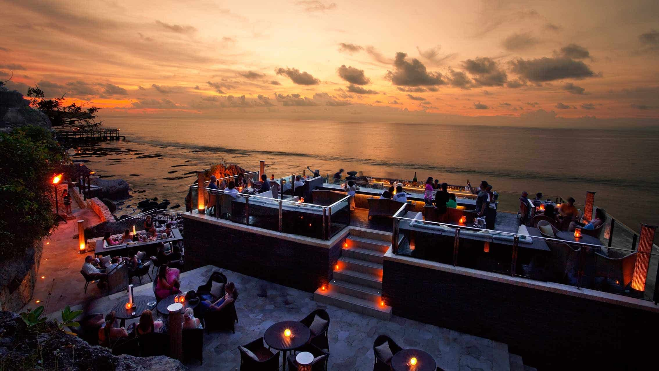 13 Best Bars in Bali You Must Visit - FactsofIndonesia.com