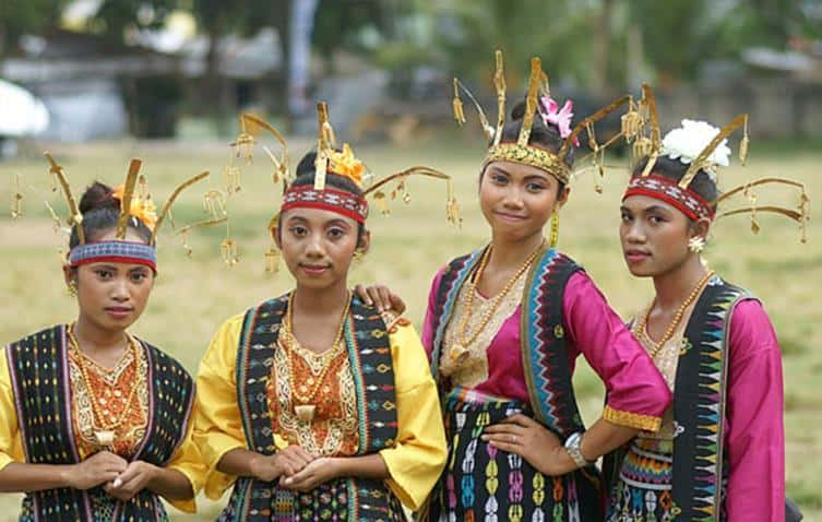12 Examples of Stereotype in Indonesia
