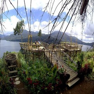 Peak of Lake Buyan Wanagiri