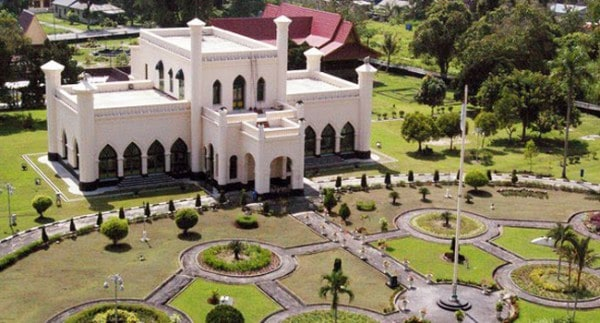 10 Beautiful Royal Palace in Indonesia  You can Visit