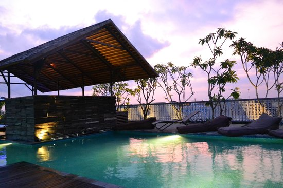 Best Rooftop Bars in Bali