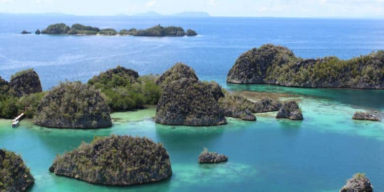 13 Tips To Do Scuba Diving in Raja Ampat Indonesia