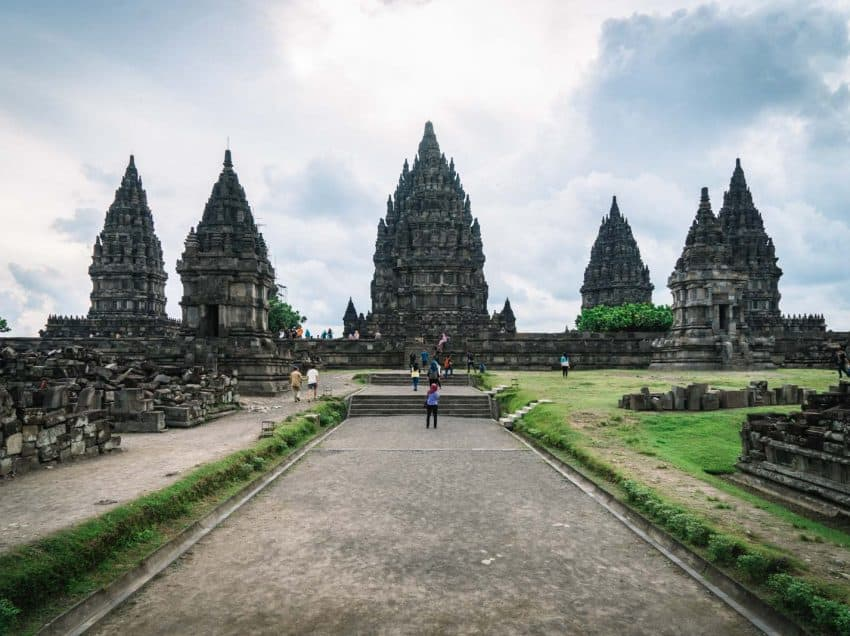 The List of 14 Cultural Activities Around Prambanan Temple – Mythical Building in Yogyakarta