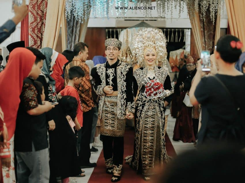 11 Most Popular Traditional Wedding Ceremony in Indonesia