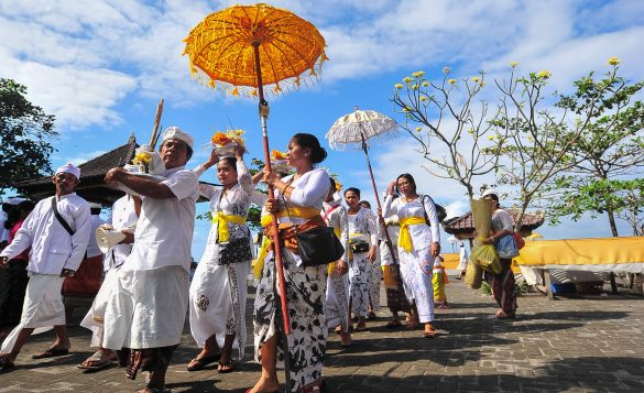 Differences Between Balinese Hindu and Indian Hindu
