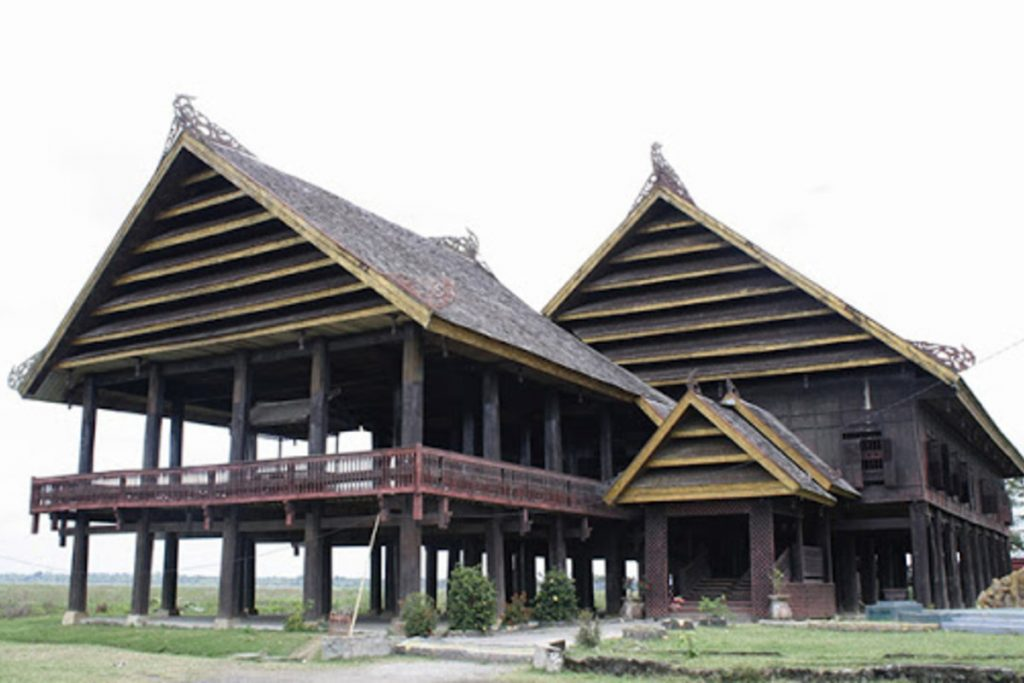 Stage House of Buginese