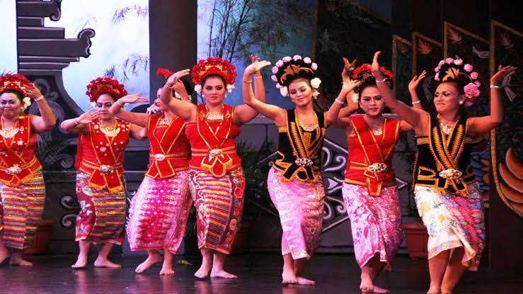 Bidadari Terminang Anak Dance