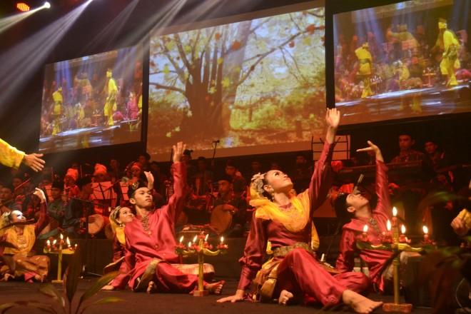 Inai Dance