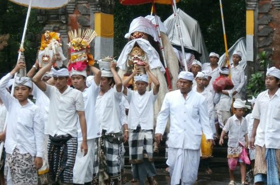 Balinese Traditional Clothes - Safari