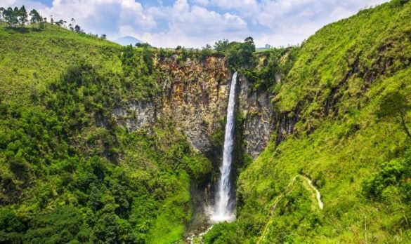 highest waterfall in indonesia