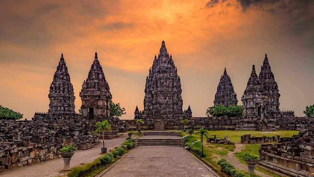 Hindu KIngdoms in Indonesia