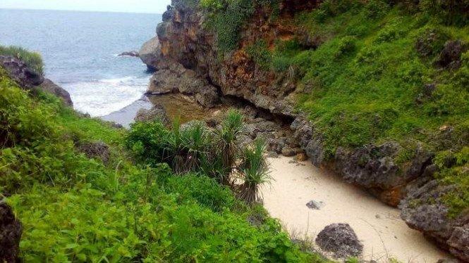 Mbirit Beach