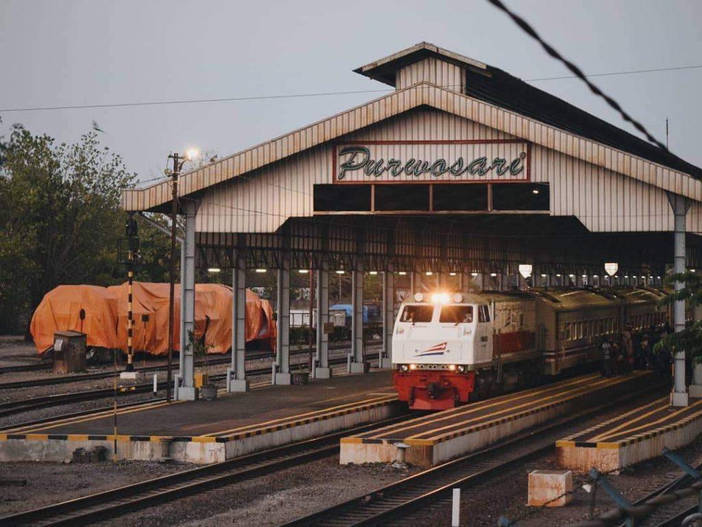purwosari station